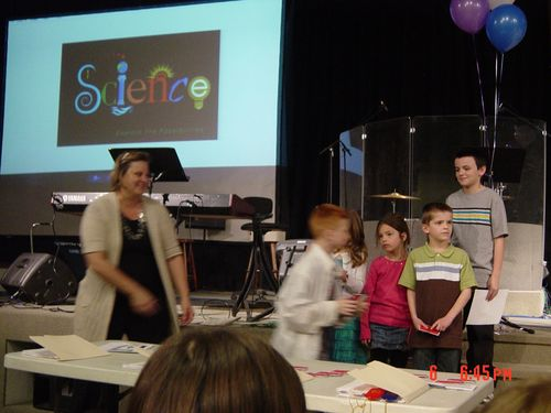 SCIENCEFAIR 029