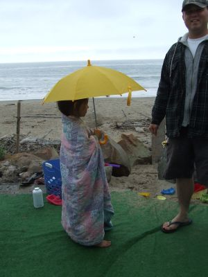 "The image ""http://lisashouse.typepad.com/photos/beachjouneys/beachumbrella.jpg"" cannot be displayed, because it contains errors."